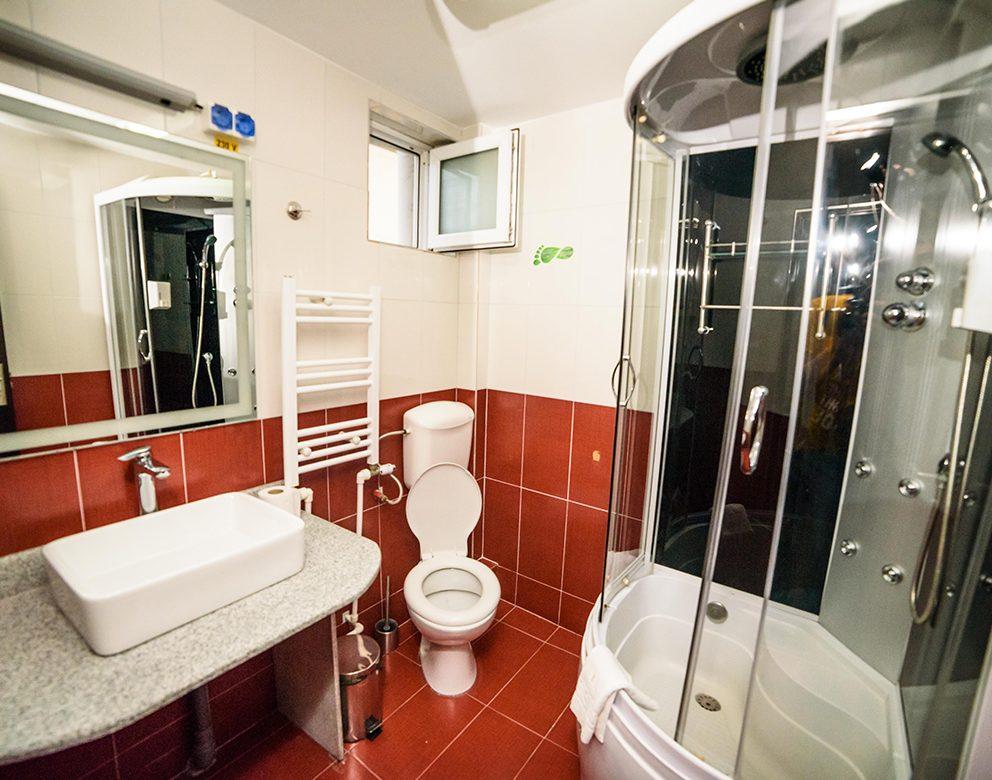 Baie Camera Dubla Mare - Hotel Elite Turnu Severin