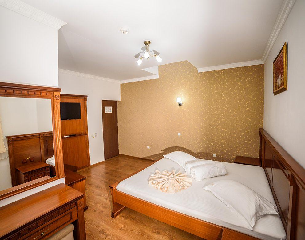 Camera dubla Hotel Elite Turnu Severin