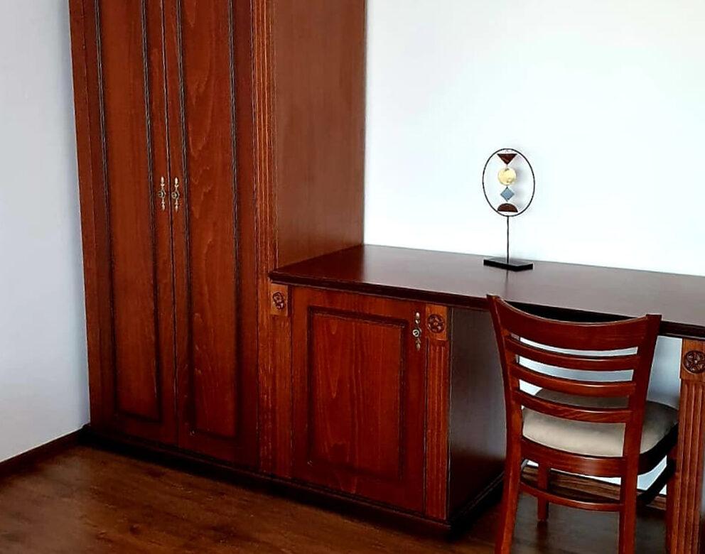 Apartament cu Balcon si Vedere la Piscina Hotel Elite Turnu Severin